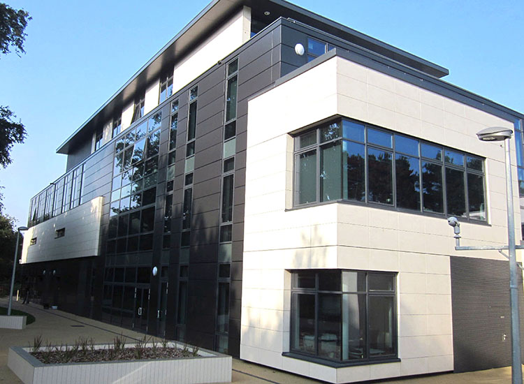 Why Aluminium Cladding Is the Best Choice for Your Building