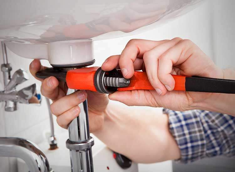 4 Useful Easy Plumbing Tips for Beginners